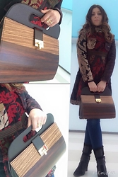 LARA LOOKBOOK Personal shopper - Gio Bastian Borsa In Legno, Desigual Cappotto In Tessuto, Fornarina Stivale Pelle E Camoscio - Look for work