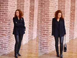 Anna Okonishnikova - Zara Leather Pants, Baldinini Boots, Chanel Bag, Zara Blazer, Diesel Shirt - BACK TO BLACK