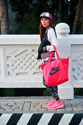 Germeline Nabua - Dc Round Cap, Adidas Varsity Jacket, Nike Big Bag, Cotton On Leggings, Nike Roshe Run Shoes - Dress Up Sick Days