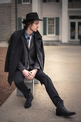 Dillan Moore - American Eagle Outfitters Black Wide Brim Fadora, Banana Republic Black Slim Fit, American Eagle Outfitters Hounds Tooth Blazer - Cape coat