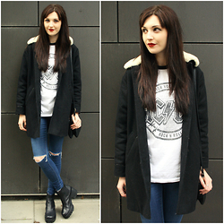 Kayleigh B - Urban Outfitters Black Coat, Topshop Ripped Jeans - Let There Be Rock