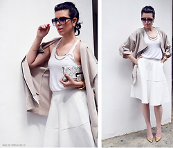 Ivana S - Sheinside Beige Coat, Freyrs Oversized Sunglasses - Beige Coat