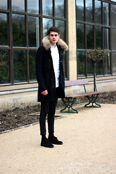 Sam Mü - Clarks Shoes, Weekday Jeans, A.P.C. Coat - Heaven is a place on earth with you.