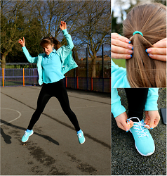 Veronica Kravtsova - Atmosphere Sneakers, Sports Direcr Leggins, Sports Direct Polo Shirt, Atmosphere Hoody - RUN WITH ME