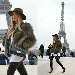 Valia Kas - H&M Faux Fur Coat, H&M Hat, Zara Leather Pants With Zippers, H&M Oversized Cotton Shirt, Zara Leather Pumps With Straps, Chanel Leboy - Kashion Week (PFW)
