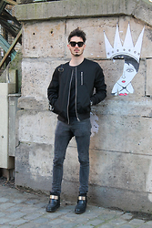 XY la mode pour lui - Saint Laurent Ysl Shoes, Asos Bomber, Antony Morato Pull, Marc By Jacobs Sunglasses Mj - Looking for love