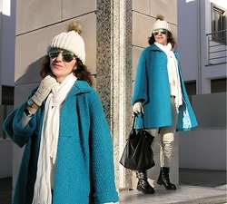Teresa Leite - Tany Couture Self Made Oversize Turquoise Coat, Inside Off White Knit Beanie, Bershka Fringed Knit Scarf, Zara Off White Leather Look Pants, Zara Biker Boots With Silver Hardware, Mango Green Mirrored Aviators - Freaking Cold in Turquoise and Off-White