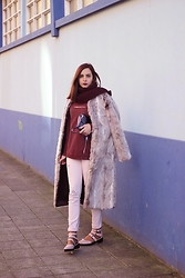 Bárbara Marques - Primark Coat, Stradivarius Pants, Primark Flats, Zara Sweater, Blanco Bag - Finally out