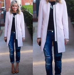 Martina Reynolds - H&M Blush Coat, River Island Boyfriend Jeans, New Look Leopard Print Heels - Blush Crush
