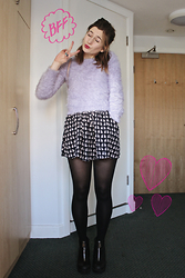 Elly Sutherland - F&F Lilac Pastel Fluffy Jumper, H&M Cat Print Dress, River Island Zip Up Platform Boots - BREAK THE RULES