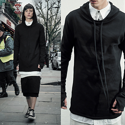 Georg Mallner - Rick Owens Shoes, Museé Noir Zion Hooded Top, Museè Noir Zion Essential Shirt, Museé Noir Zion Extented Top, Museé Noir Zion Panel Shorts - February 06, 2015