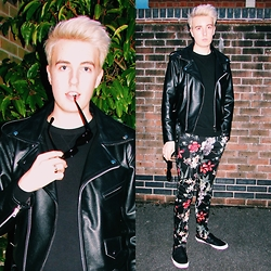 Thomas Marrington - Skintan Leather Jacket, H&M Sweater, Topman Floral Trousers, Ebay Round Sunglasses, Asos Sneakers - Dark Florals