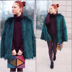 Jenny Danilkova - Bershka Fur Coat, Kira Plastinina Sweater, Kira Plastinina Bag - EMERALD AND BORDEAUX