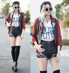 Mickylene Delgado - Style Moi Distressed Denim High Waist Shorts, Freyrs Steampunk Metal Round Sunglasses, T.U.K. Nosebleed Ankle Boots Platforms - Messed Up World