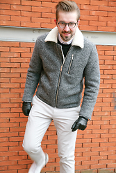 Lawrence M. - Cos Shearling Coat, Cos Sweater, Matinique White Shirt, Cos Grey Chino, Cos White Sneakers, Calvin Klein Glasses - Shivering in Shearling