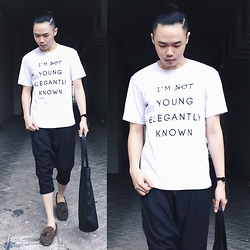 Andy Yanata - Yek White Tee, Kenzo Tote Bag, Orbis Suede Shoes - I'm young elegantly known