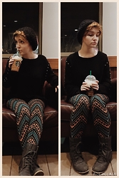 Ka F -  - Starbucks casual