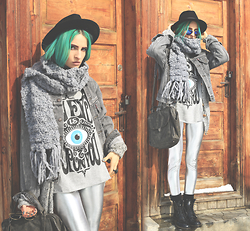 Gina Vadana - Librastyle T Shirt, White Elephant Leggings, Dr. Martens Boots, Artefacts Collection Ring - AN EYE IS UPON YOU