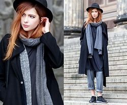 Ebba Zingmark - Frontrowshop Coat, Monki Blazer, For Good Luck Dress, Topshop Trousers, Nike Sneakers, Scarf, Hat - Layers of layers