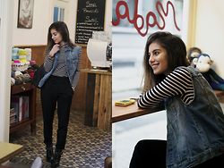 Elif Car - Zara Trousers, Forever 21 Blouse, H&M Jeans Jacket, Zara Bag, Casio Watch - Stripes addiction