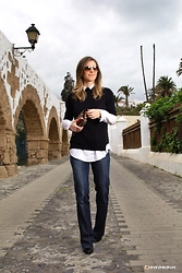 Luba { Well Living Blog } - Zara Top, 7fam Jeans - 70´s vibe
