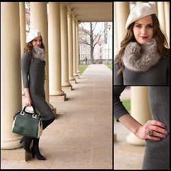 Klára Nekulová - Zara Midi Dress, Salamander Bag, F&F Heels, Tonak Beret, Promod Faux Fur Scarf, Statement Ring - GREY MIDI DRESS