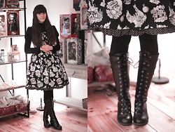 May Wildflower - Emily Temple Cute Alice Jsk, Baby The Stars Shine Bright Black Cutsew, Bodyline Black Boots - Alice Lover