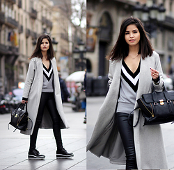 Adriana Gastélum - Zaful V Neck Sweater, Sheinside Long Grey Coat, Express Faux Leather Leggings, Zaful Flatform Sneakers, 3.1 Phillip Lim Pashli Medium - 080 Barcelona, Day 3