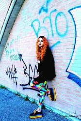 BLISS M. @rudolf_house - Aliexpress Leggins, Yru Shoes - Coldplay - What if ..?