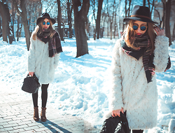 Anna Pogribnyak - Bershka Faux Fur Coat, Vagabond Boots, Accessorize Hat, Accessorize Plaid Scarf - Sunglasses in winter