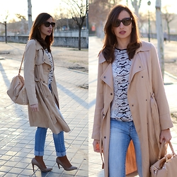 Silvia Rodriguez - Prada Eyewear, Promod Trench - Light trench