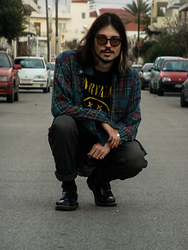 Dean Simon - Ray Ban Ray Ban Vintage Glasses, Grunge Plaid Shirt, H&M L.O.G.G Pants, Dr. Martens Dr.Martens Boots - #I Want To Be Your Favorite Hello And Your Hardest Goodbye