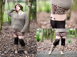 Ninaah Bulles - H&M Mini, Primark Bunny Legs, New Look Boots, Tex Pullover - Graou into the woods