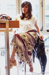 AUIE Robrigado -  - Getting that Boho Skirt