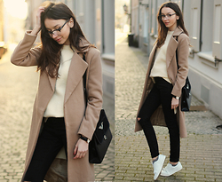 Bea G - Coat, Sweater, Jeans, Shoes, Watch, Bag - Camel Coat