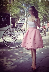 Paris Tien -  - Always miss my childhood whenever in Pink..