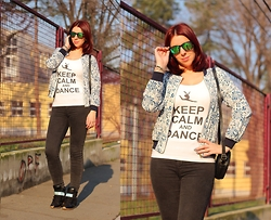 Milica Venoma - Kameleonz Sunglasses, Snapmade Shirt, Wsdear Jacket, Bag, Amiclubwear Sneakers - Keep Calm and Dance