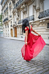 Shveta S - Bariano Chiffon Red Dress, Enzo Angiolini Black Pumps - With love, from Paris