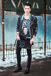 Alexandru - Vintage Shop Leather Jacket, H&M Boots, Vintage Shop Jeans, Vintage Shop Denim Jacket - Budget Your Style