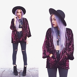 Ellen V. Lora - Style Moi Sequined Kimono Jacket, Young Hungry & Free High Waisted Skinny Jeans, Public Desire Kayla Boots - Hidden Gem