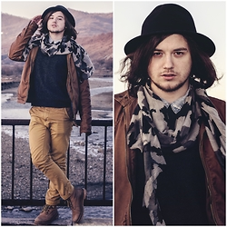 Sorin Marculescu - New Yorker Black Hat, H&M Blue And White Shirt, Pull & Bear Mustard Jeans, Pull & Bear Brown Jacket - I Know Places...