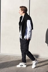 Rolandas Lušinskis - Acne Studios Sweater, Uniqlo Shirt, Zara Trousers, Adidas Sneakers - COMFORT OVER FASHION