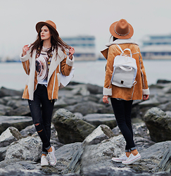 Viktoriya Sener - Yoins Coat, Mr. Gugu & Miss Go T Shirt, Soorty Jeans, Converse Trainers, Zara Fedora Hat, Wildflowershop Backpack - SAIL AWAY