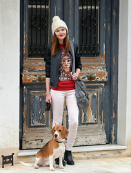 Maria Vidrasco - Tally Weijl, Bershka, Bershka, Design By Humans, Pink Woman, H&M - WHO LET THE DOGS OUT?