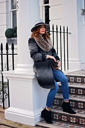 Elena Sandor - Missguided Hat, Clements Ribeiro Coat, River Island Jeans - The grey edition