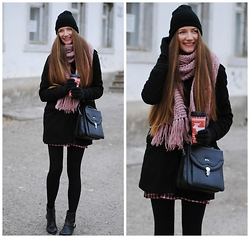Yulia Sidorenko - Coat, Choies Dress, Vintage Bag, Pull & Bear Boots, H&M Scarf, H&M Beanie - Winter truth