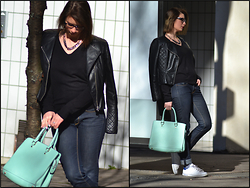 Joanna P. - H&M Perfecto, Primark Sweater, Zara Denim, Adidas Stan Smith, Modress Baby Blue Bag - Rock your world