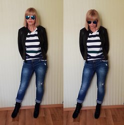 Tatiana T. - H&M Top, Zara Jeans, Zerouv Sunglasses - Everyday stripes