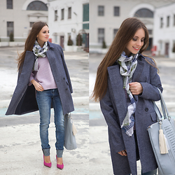 Diana Skitova - Next Coat, Mango Scarf, Next Bag, Marccain Sweater - The smile will brighten the world