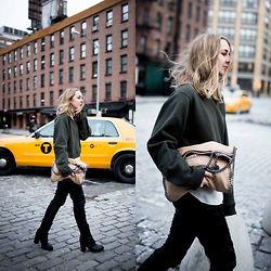TIPHAINE MARIE - Sweater, Pants, Boots, Bag - Yellow cabs.